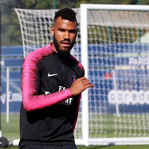 CAMEROUN :: Lions indomptables : Eric Maxime Choupo-Moting indésirable à Paris :: CAMEROON