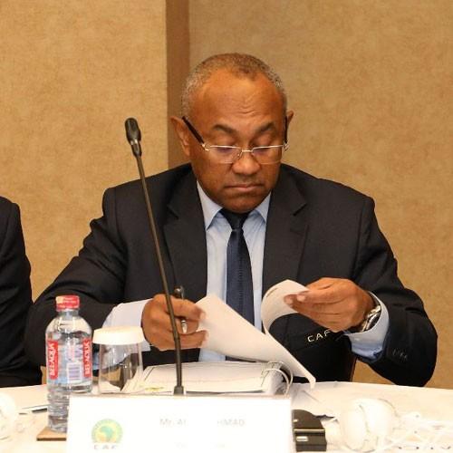 AFRIQUE :: Ahmad Ahmad : l'arroseur arrosé :: AFRICA