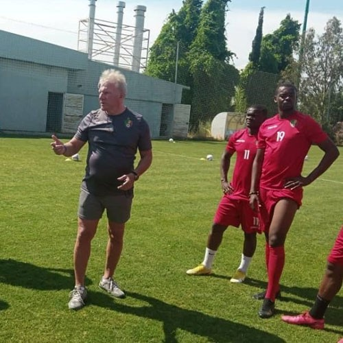 CONGO :: Niger 0-1 Congo: Paul Put démarre avec une victoire :: CONGO