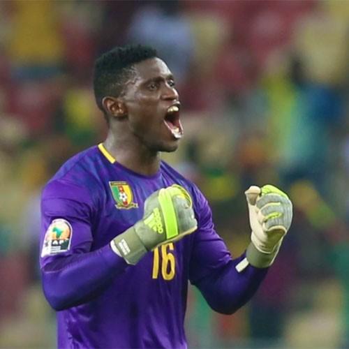 CAMEROUN :: Haschou Kerrido encense Ndtoungou Mpilé :: CAMEROON