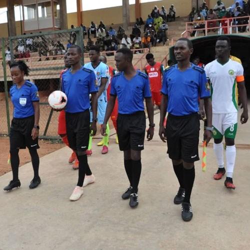 CAMEROUN :: Le Racing de Bafoussam champion honorifique :: CAMEROON