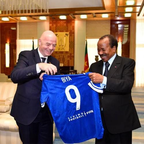 SUISSE :: Biya, le président du Cameroun, reçoit Omari et Infantino :: SWITZERLAND