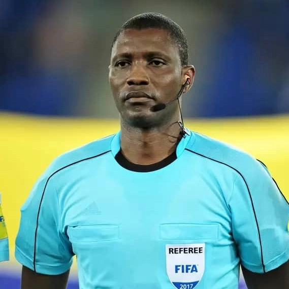 CAMEROUN :: Esperance - Club africain : Alioum Sidi était au sifflet du derby tunisien :: CAMEROON