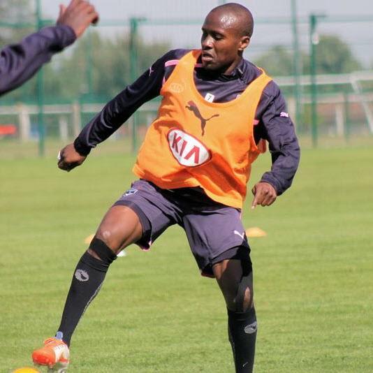 CAMEROUN :: Landry Nguemo désormais coach :: CAMEROON